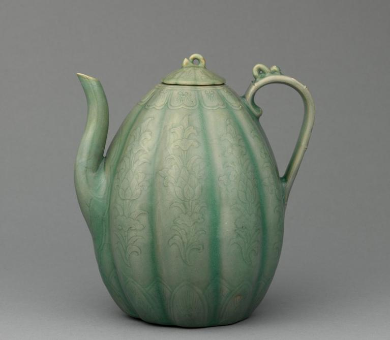 Celadon ewer, melon shape with lotus-flower design